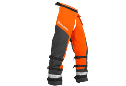 Best Chainsaw Chaps for the Money – Top 5 Reviews and Buyers Guide
