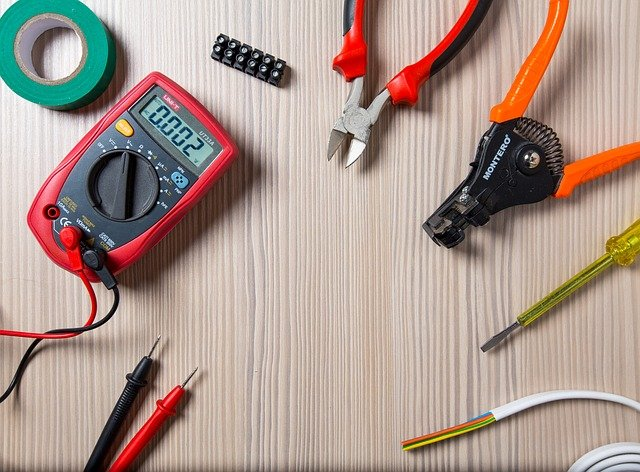 Best Diagonal Pliers for the Money -7 Reviews & Buying Guide