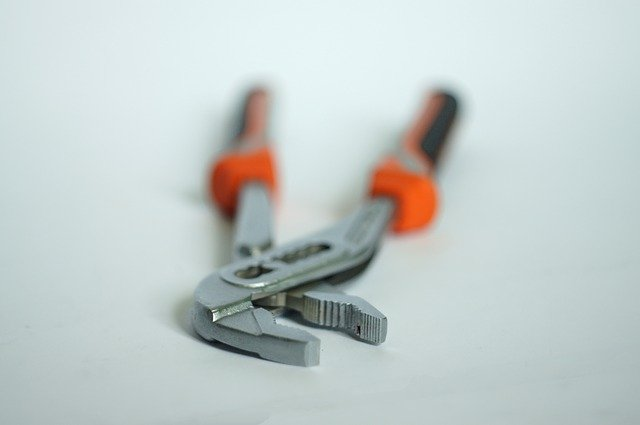 Best Water Pump Pliers | Reviews and Buyers Guide