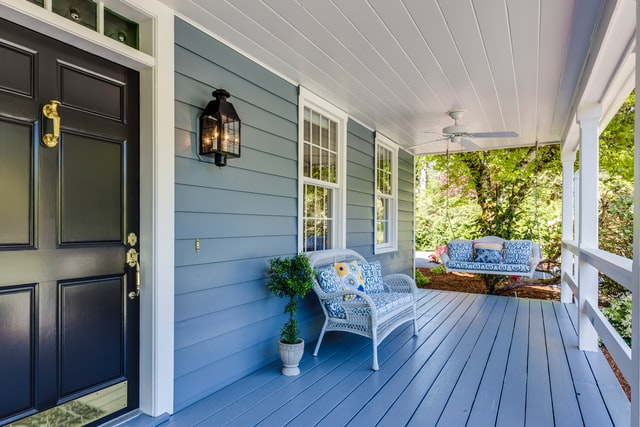 5 Best Deck Stains and Buyers Guide